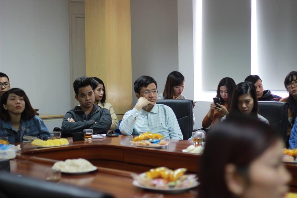 Khách hàng tham dự buổi đào tạo Facebook